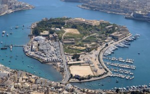 aerial-view-of-manoel-island